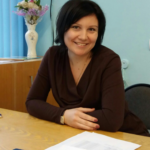 Захарова Нелли Евгеньевна, учитель начальных классов. Образование высшее. Категория: по стажу и образованию.