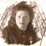 Анна Извекова